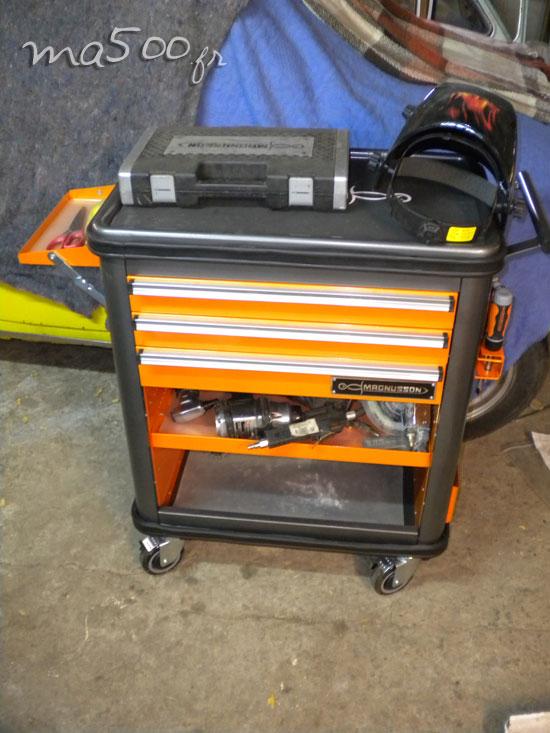enlever-rapidement-le-blackson-avec-derouilleur-pneumatique-a-12-clous-fiat500-500-D