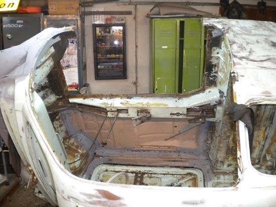 la Fiat 500 D montée sur un tourne broche