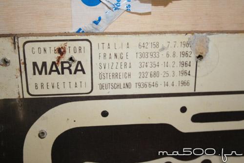 plaque d'atelier avec tout les joints moteur de fiat 500 et fiat 600 d'époque